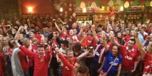 The Bishop Blaize Pub - Man United Fans Singing
